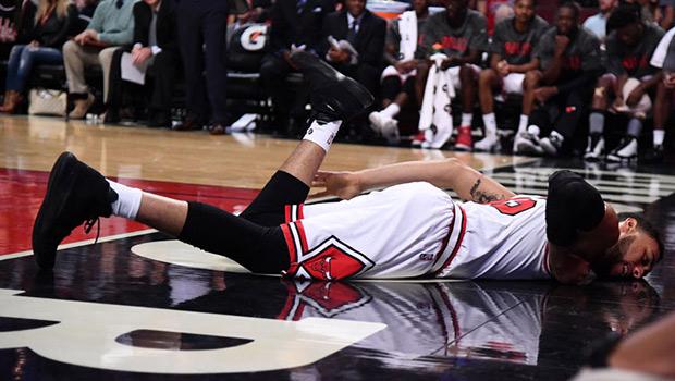 デンゼル・バレンタインが左足首の捻挫で2週間離脱
