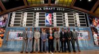 NBAドラフト2013結果です!トレード情報は随時追加・訂正していきます。 1位 アンソニー・ベネット Anthony Bennet クリーブランド・キャバリアーズ UNLV大|20歳|203cm|108.8kg|PF  […]
