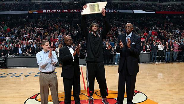ジョアキム・ノアが2月度NBAケアーズ・コミュニティー・アシスト賞を受賞